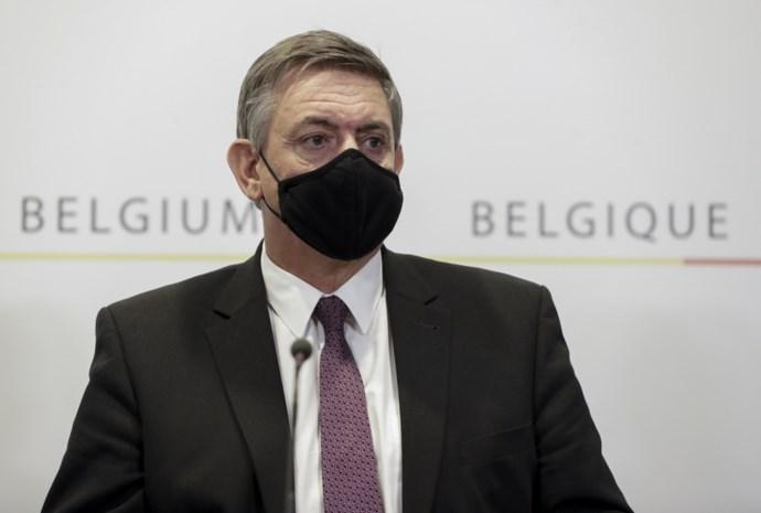 """Vlaams minister-president Jan Jambon: """"Sluiting horeca is verschrikkelijk, maar kans op overdragen virus is er zeer groot"""""""