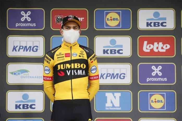 """Wout van Aert toont zich groot in het verlies en trakteert zichzelf op frietjes: """"Mathieu was net dat tikkeltje sterker"""""""