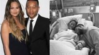 Chrissy Teigen reageert voor het eerst na miskraam