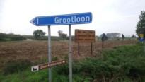 Protest tegen bouw van kunstserre in Loons landschap