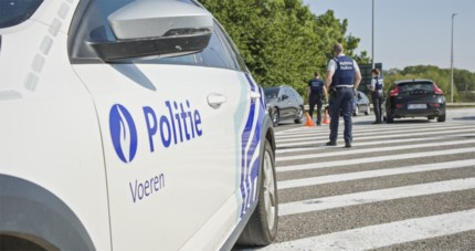 Achttienjarige zonder rijbewijs na avondje stappen betrapt in Voeren