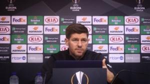 """Steven Gerrard: """"Of ik Mignolet om advies heb gevraagd? Zou kunnen"""""""