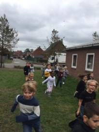 Sportievelingen in 1ste leerjaar en 3de kleuterklas Geleeg Sint-Michiel