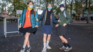 Jongens in rok naar school uit protest tegen seksisme