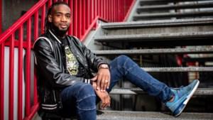 """Mboyo is patron bij Kortrijk: """"Ik ben als goede wijn: beter met de jaren"""""""