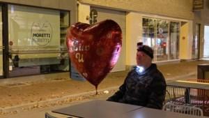 Pat Krimson dwaalt door verlaten Hasselt voor nieuwe videoclip