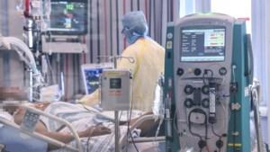 Meer dan 500 ziekenhuisopnames en 13.000 besmettingen per dag