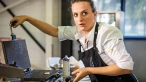 Hasseltse Anne-Sophie Breysem neemt het op tegen Piet Huysentruyt in finale van 'Snackmasters'