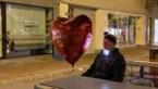 Pat Krimson dwaalt met hartjesballon door verlaten Hasselt in nieuwe videoclip