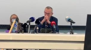 Minister Vandenbroucke kan tranen amper bedwingen tijdens bezoek aan Luiks ziekenhuis