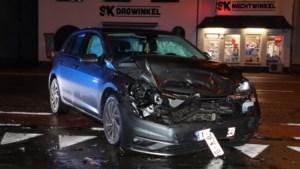 Auto's botsen op Rijksweg in Lanklaar<BR />