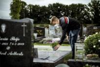 Deze zestien Limburgse gemeenten verplichten mondmaskers op kerkhof