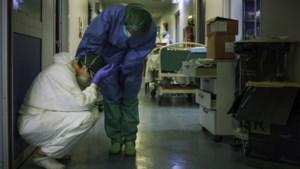 """Limburgse verpleegkundigen slaken noodkreet: """"Je jankt je ogen uit als je dit ziet"""""""
