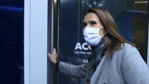 """Sophie Wilmès blijft op intensieve zorg: """"Nog steeds medisch toezicht nodig"""""""