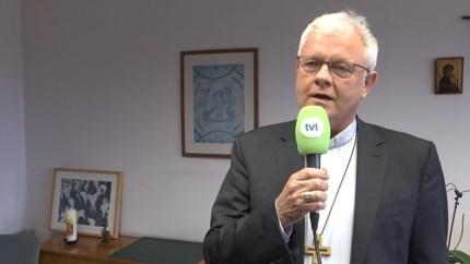 Bisschop roept op niet allemaal tegelijk naar het kerkhof te komen