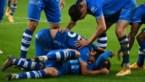 """""""Wij mogen niet optreden, maar voetballers knuffelen elkaar dood"""""""