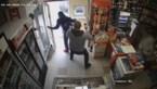 Dief probeert buurtwinkel te overvallen, maar dat is buiten de moedige eigenaar gerekend