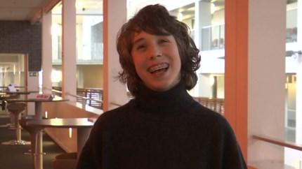 """Iren (14) is jongste student aan PXL: """"Voor dit jaar liep ik 9 dagen school"""""""