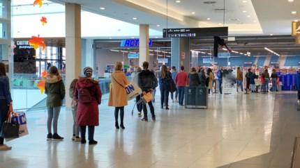 Geen stormloop in Genkse winkels,  kappers open op zondag