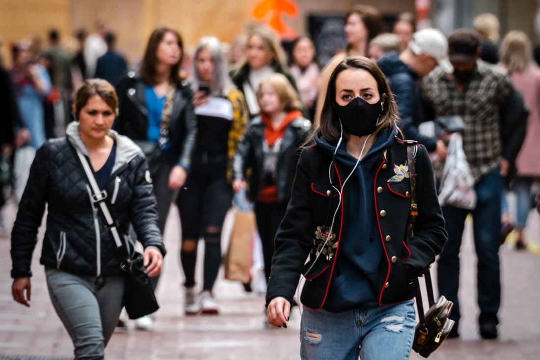 Rotterdam, Eindhoven en Dordrecht sluiten winkels eerder door drukte, veel Belgen shoppen over de grens