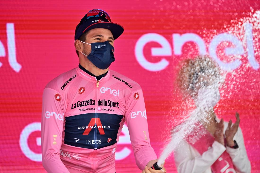 """Filippo Ganna denkt dinsdag het roze te verliezen: """"Ik zag een sterke Remco"""""""