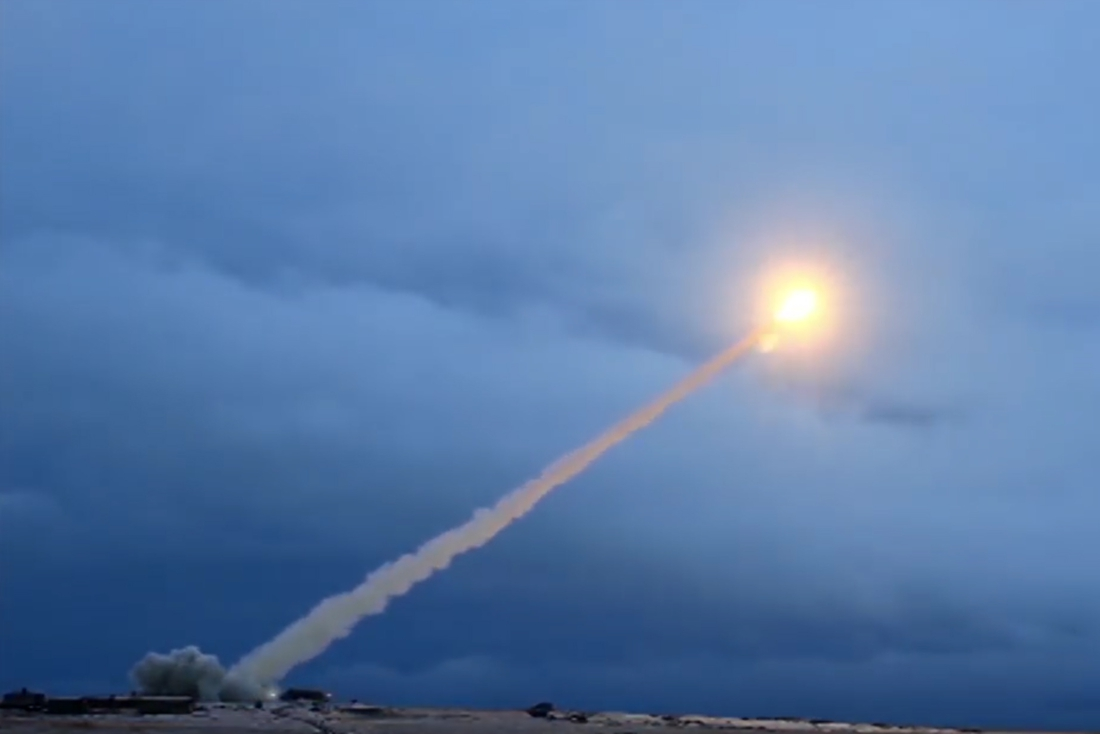 Luchthaven Kandahar in Afghanistan getroffen door drie raketten