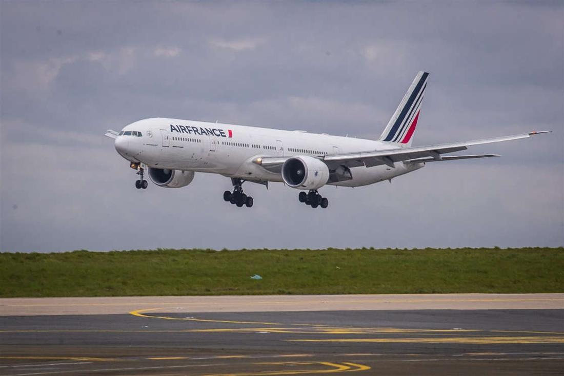 Boeing van Air France-KLM maakt noodlanding in Peking na luide knal aan boord
