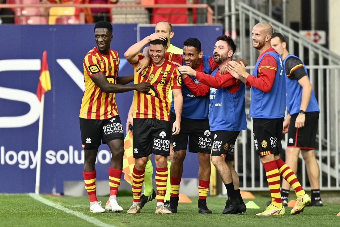 Dodelijk efficiënt KV Mechelen geraakt weg uit kelder klassement na zege tegen OHL