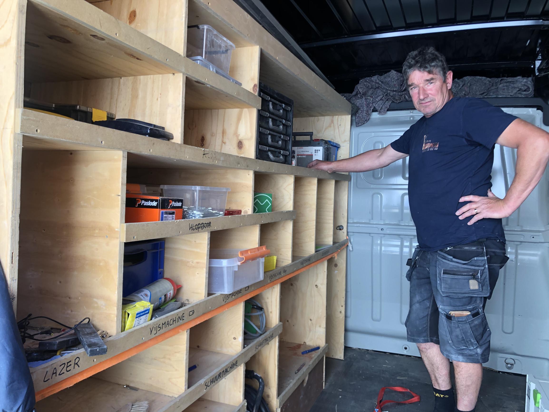 Bijna de helft van de schrijnwerkers maakt offertes met prijsvoorbehoud