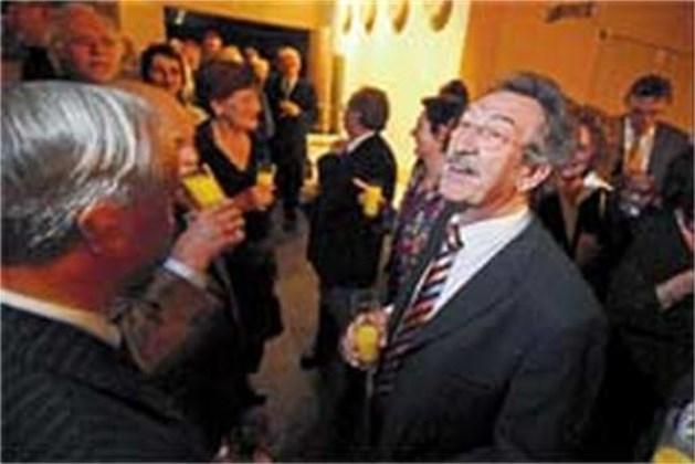 Louis Vanvelthoven uitgezwaaid uit politiek
