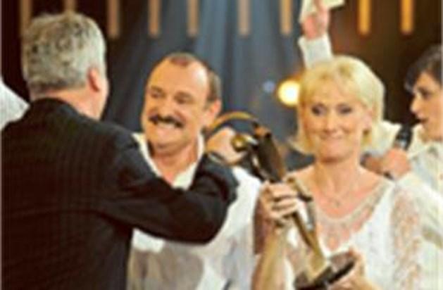 Nicole & Hugo winnen 'Zo is er maar één'