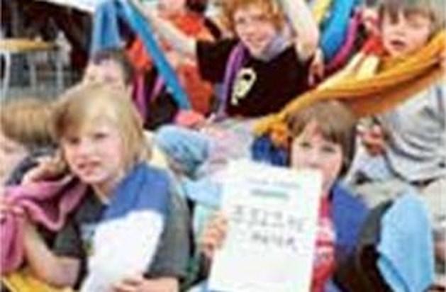 Freinetschool Beringen breit sjaal van 3 kilometer
