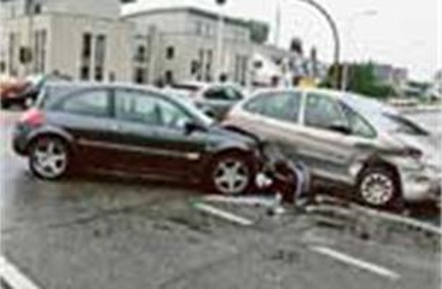 Ongeval op weg naar bruidsjurk