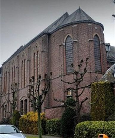 Hoeselt koopt klooster Franse zusters