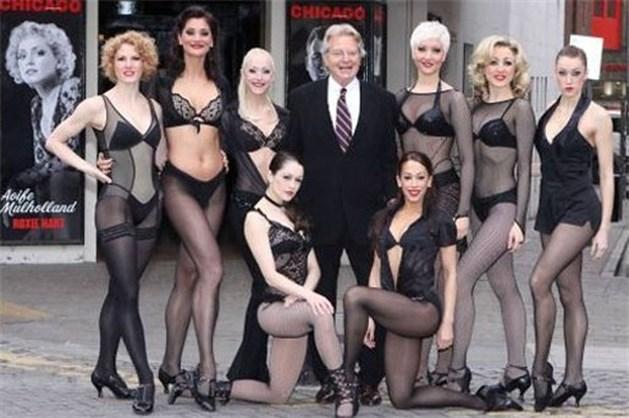 Jerry Springer versiert rol in musical 'Chicago'