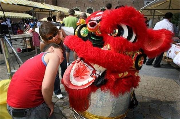 Bree viert met Chinese vrienden