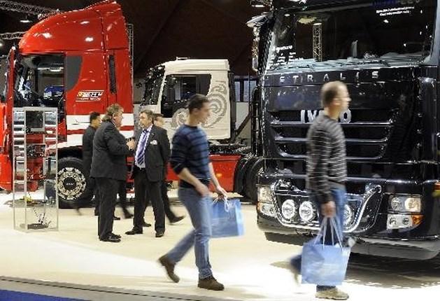 Ruim een derde minder vrachtwagens verkocht in eerste jaarhelft