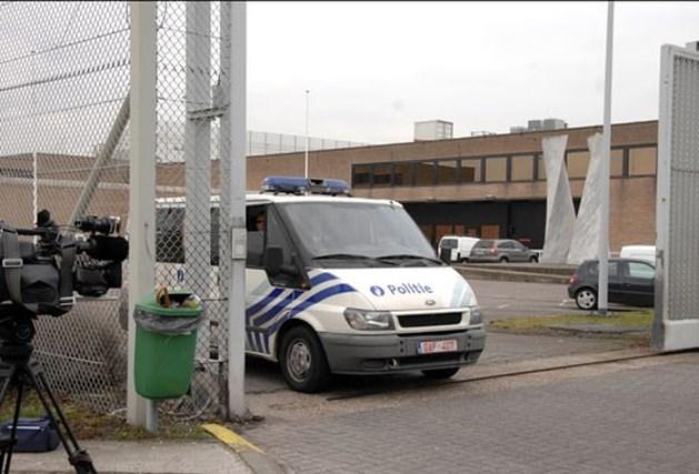 """Parket: """"Gevangene zwaaide niét met vuurwapen naar heli"""""""