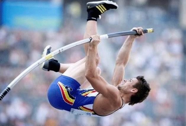 Kevin Rans naar finale polsstokspringen