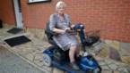 82-jarige uit Hove laat handtas niet los bij schermutseling met overvaller