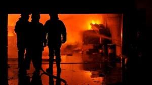 Bedrijf gaat in vlammen op in Kalken