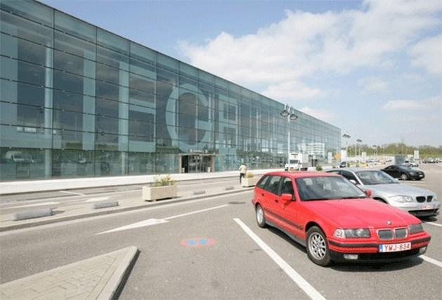 Chemisch alarm op luchthaven Bierset, één omstaander afgevoerd