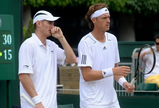 Norman en Moodie dubbelen verder op Wimbledon