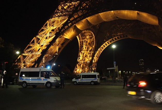 """""""Al-Qaeda plant aanslagen op Tower of Londen en Eiffeltoren"""""""