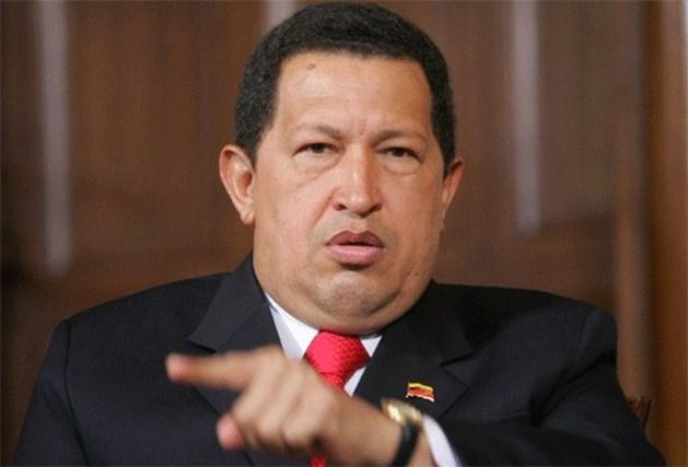 Hugo Chavez promoveert smokkelaar tot hoogste legerchef