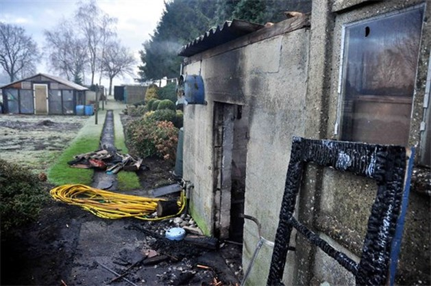 Houtschuur uitgebrand in Lommelse Siberiëstraat