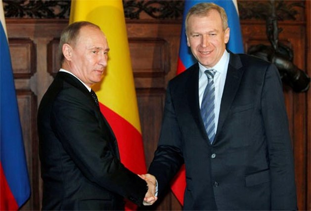 """Poetin: """"Zakenwereld stelt zich vragen bij politieke situatie in België"""""""