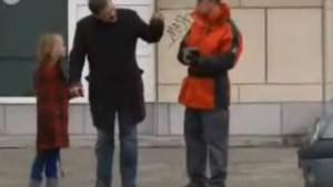Verborgen camera in 'De Kazakkendraaiers' was nep, parkeerwachters waren acteurs