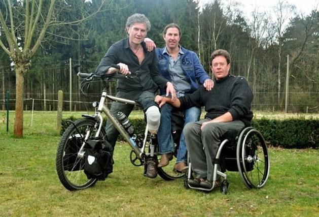 Ludo Linden fietst met één been naar Nieuw-zeeland voor goed doel