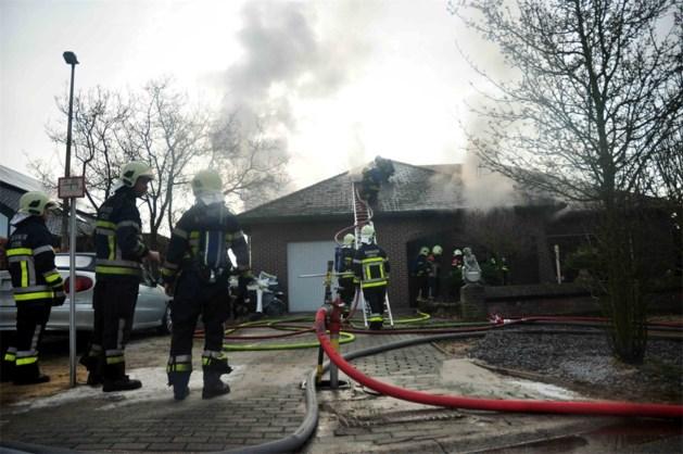 11-jarig meisje redt honden uit brand in Neerpelt